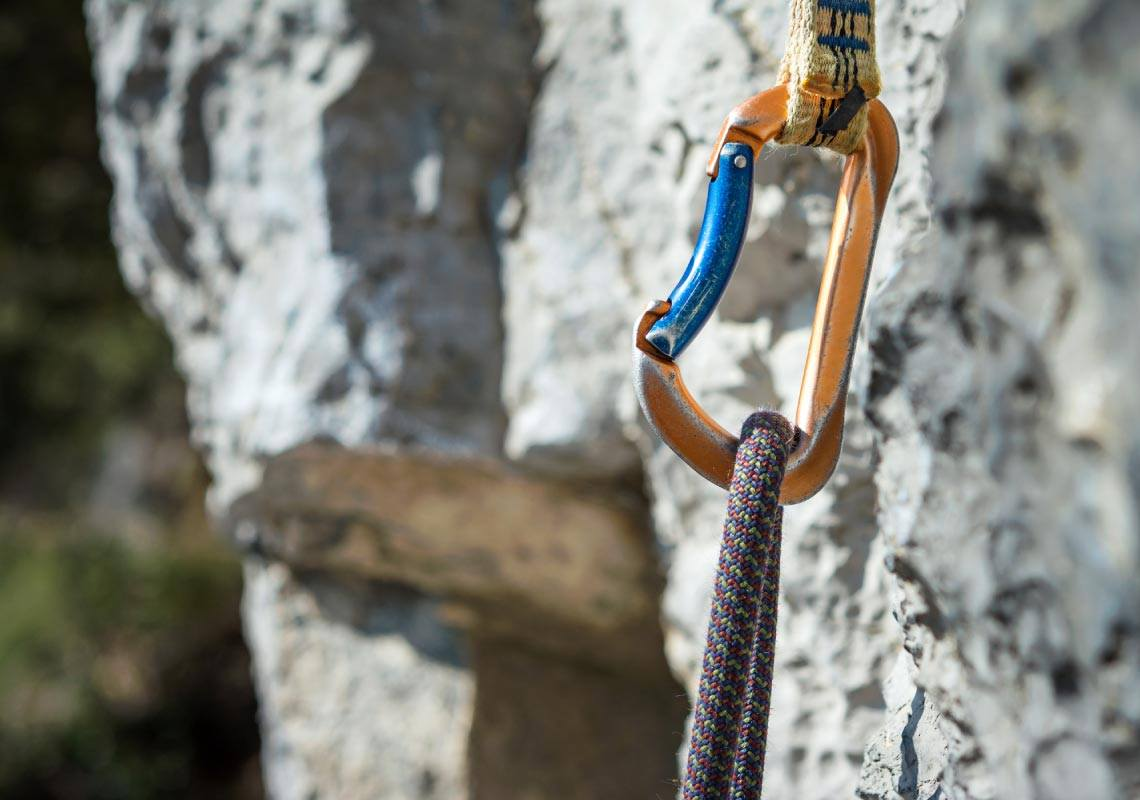 Carabiner and climbing rope